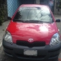 VENDO YARIS 2004 HATCHBACK!!