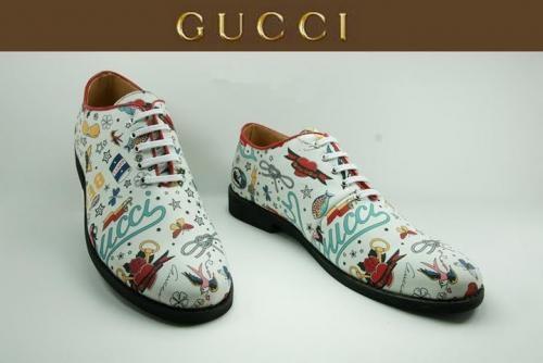 Fotos de gucci d&g burberry dior lv zapatos en Zacapa