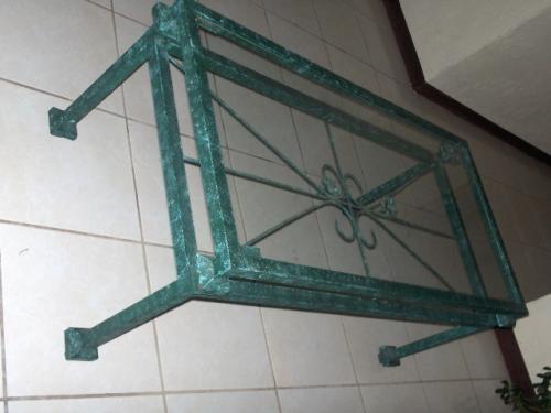 Mesas metal forjado y sobre de vidrio for Mesas de hierro forjado