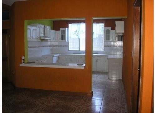 Fotos de Vendo linda casa de 2 niveles con terraza ubicada en retalhuleu, guatemala 4