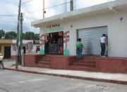 SANTA LUCIA COTZUMALGUAPA VENDO CASA GRANDE CON 6 LOCALES COMERCIALES