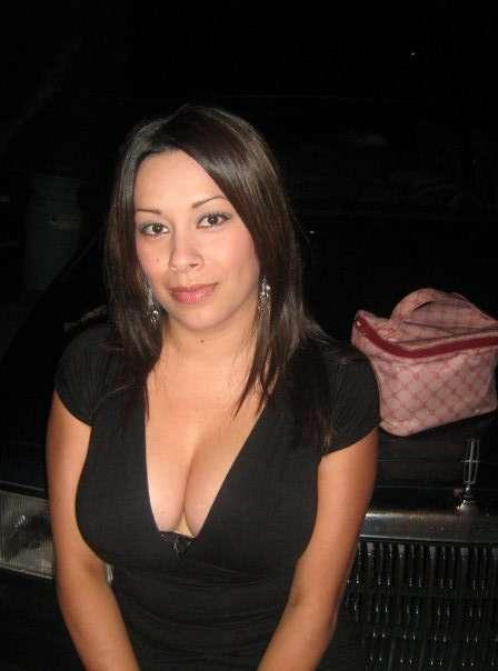 Mujer busca chico para sexo