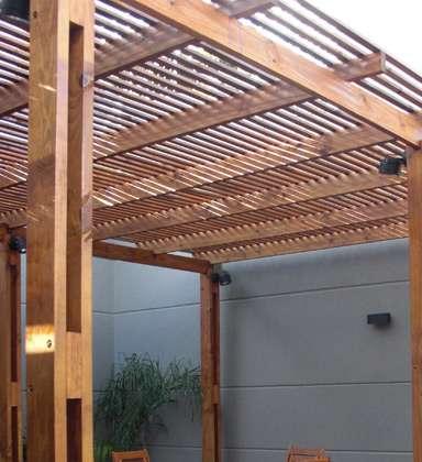 Fotos de oferta en pergolas madera car interior design - Pergola para coche ...