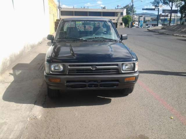 Vendo Toyota 22r 87 >> Vendo microbus toyota efi guatemala