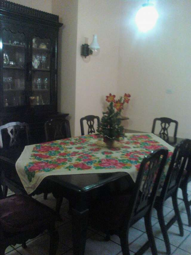 de cedro, extensible en Ciudad de Guatemala, Guatemala  Muebles