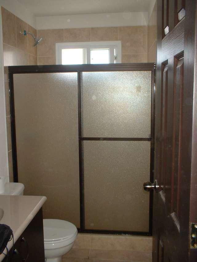 Puertas De Baño Imagenes:Fotos de Puertas de baño 2 hojas corredizas p en Ciudad de Guatemala