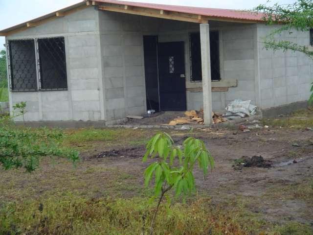 Como construir una casa en guatemala casas prefabricadas for Puertas de madera prefabricadas guatemala