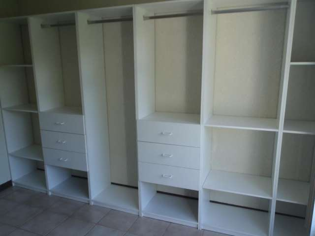 Closet, cocinas, muebles para baño en madera o melamina en San Miguel