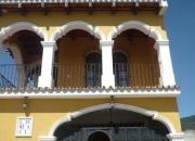 Alquilo preciosa casa colonial