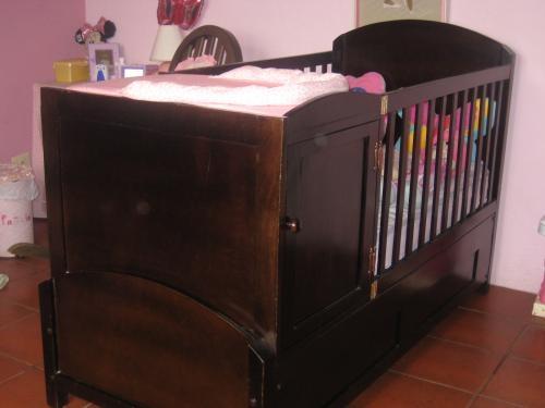 Vendo cama-cuna y silla mesedora de madera en Guatemala - Muebles ...