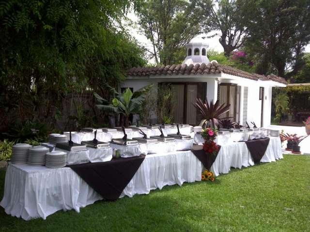 Alquifiestas * eventos y banquetes * sillas mesas tableros cristaleria toldos meseros bar tenders