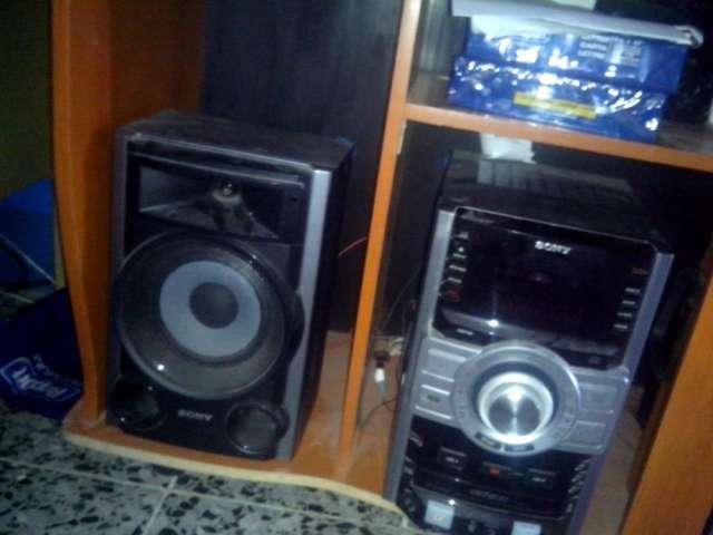 Equipo de sonido sony 4400watts