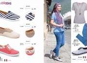 Hermosa ropa y zapatos