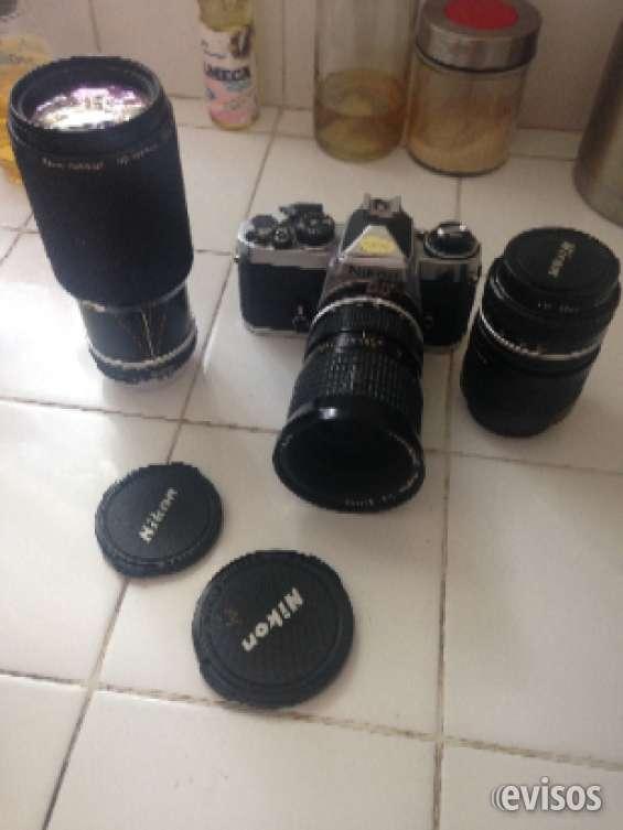 Nikon fm con 3 lentes
