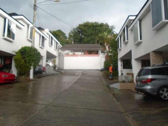 Citymax vende casa en exclusivo residencial zona 7 mixco, el encinal