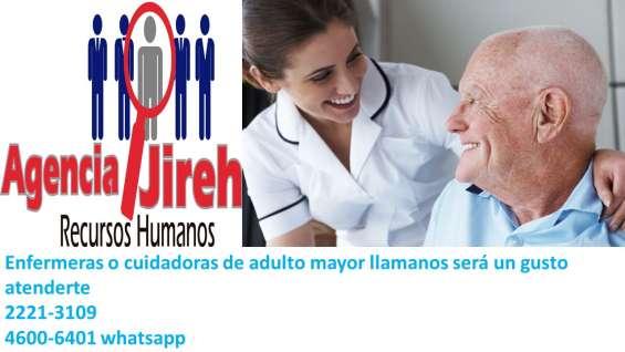 Enfermeras para el cuidado de adulto