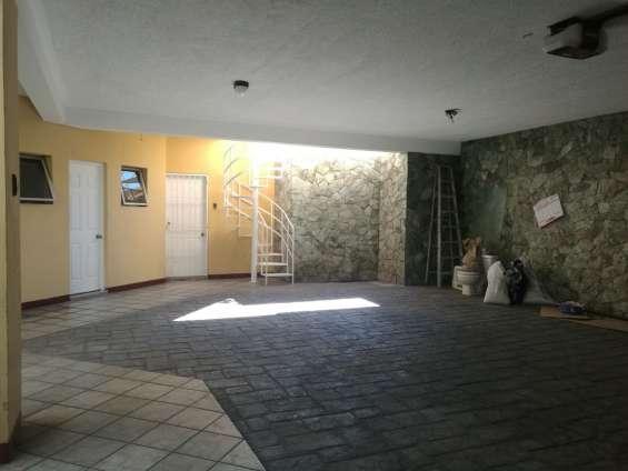 Se renta casa para oficina a puerta cerrada en zona 16