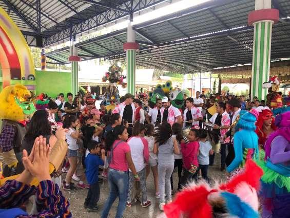 Fotos de Batucada festa brasilera gt 10