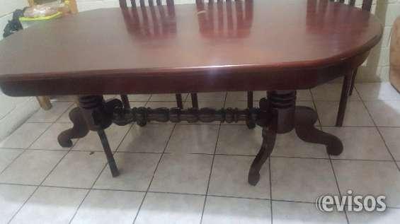 Vendo mesa de comedor de puro cedro