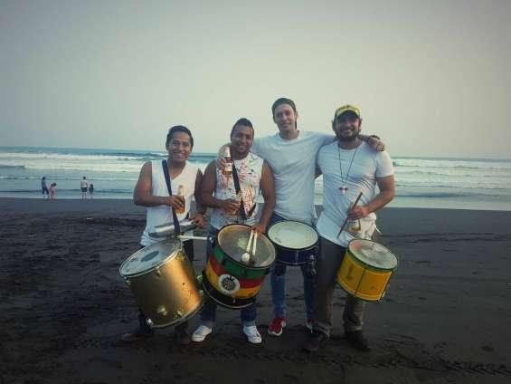 Fotos de Batucada festa brasilera 12