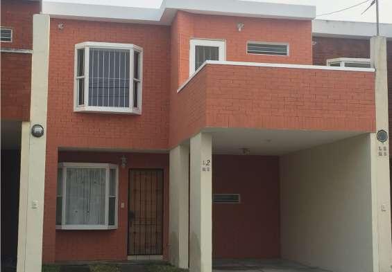 Linda casa en venta, residenciales el prado, zona 6 de villa nueva