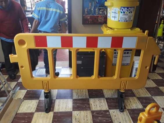 Barreras plásticas para trafico o delimitadoras