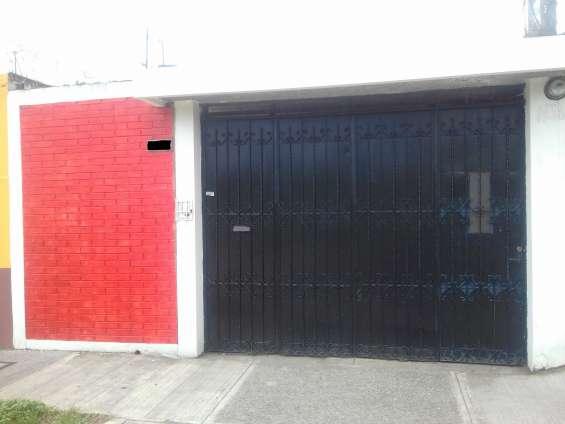 Casa zona 5 jardines asunción alquilo para oficinas o negocio a puerta cerrada