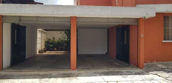 Casa en renta en zona 11 mariscal