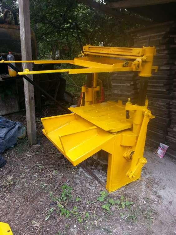 Remato maquina manual,mexicana para fabricar block de concreto