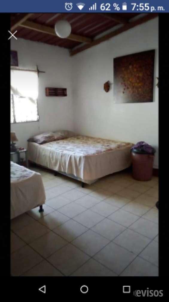 Rento recamara o casa completa en puerto san josé..
