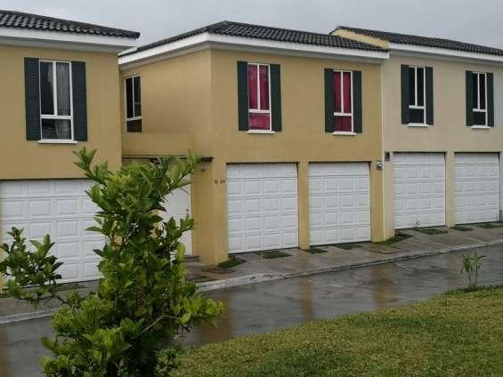 Casa en venta condominio exclusivo villa nueva