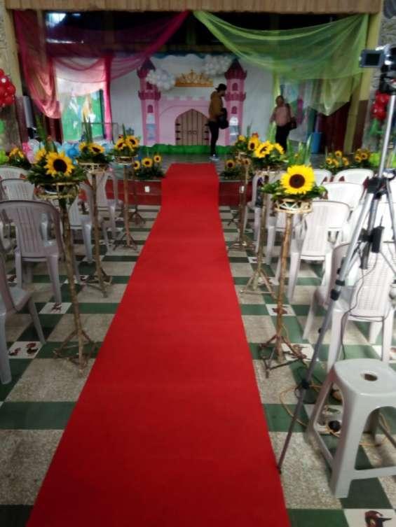 Fotos de Banquetes bella karyn alquiler de mobiliario toldos servifiestas multiservicios  4