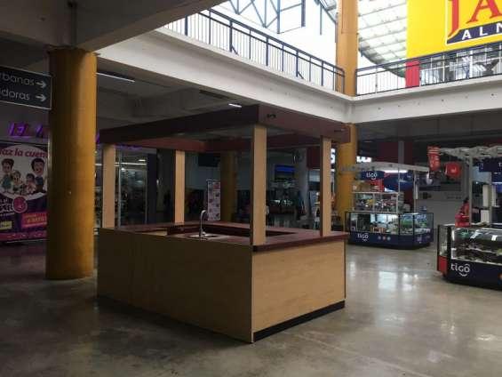 Renta en centro comercial