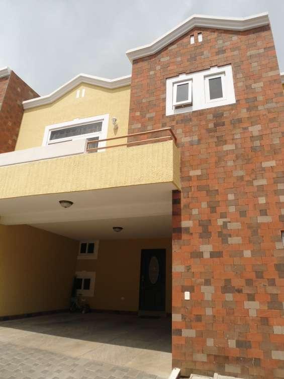 Casa en venta en quinta el encinal zona 7 mixco
