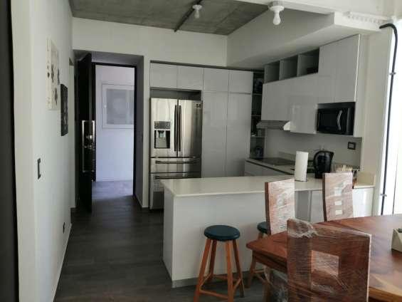 Apartamento amueblado en renta en cayala