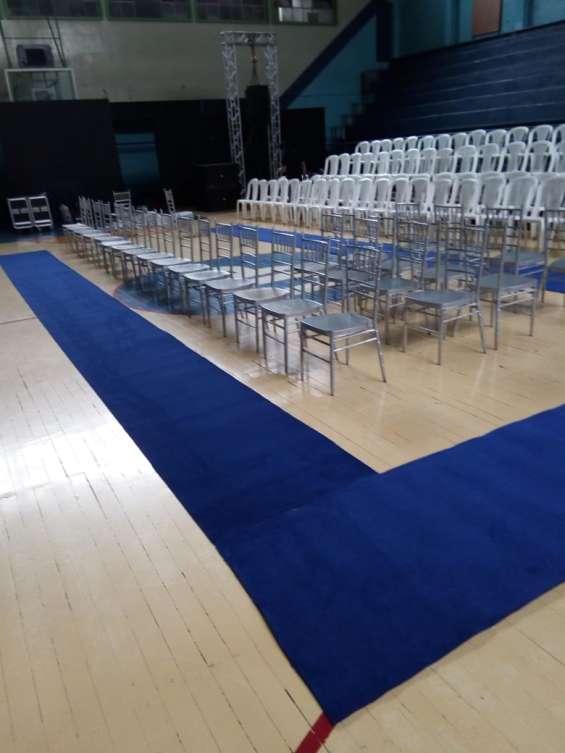 Renta de alfombra roja para eventos servifiestas bella en ...