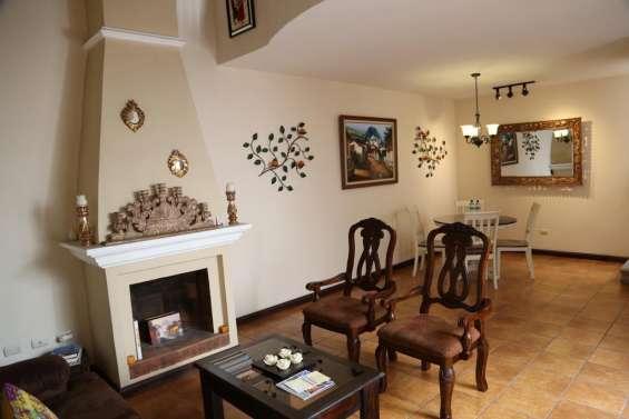 Fotos de Acogedora suite en venta, centro histórico antigua guatemala 1